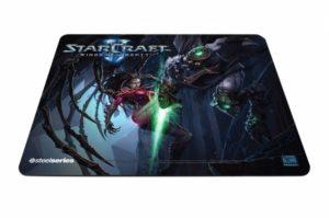 SteelSeries QcK Limited Edition (StarCraft II Kerrigan vs. Zeratul)